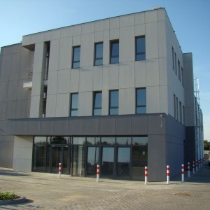budynekbiurowohandlowyTorun